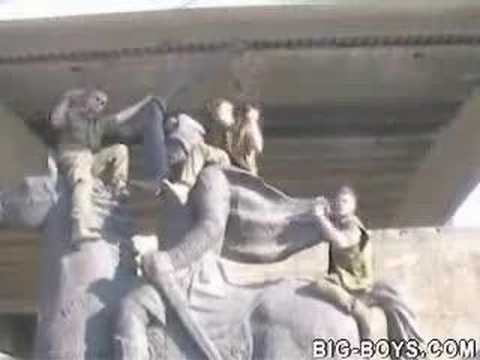 Kosovo, Soldiers Spoof of Beach Boys Kokomo