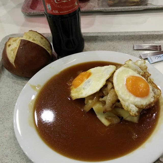 Leberkäs Frühstück
