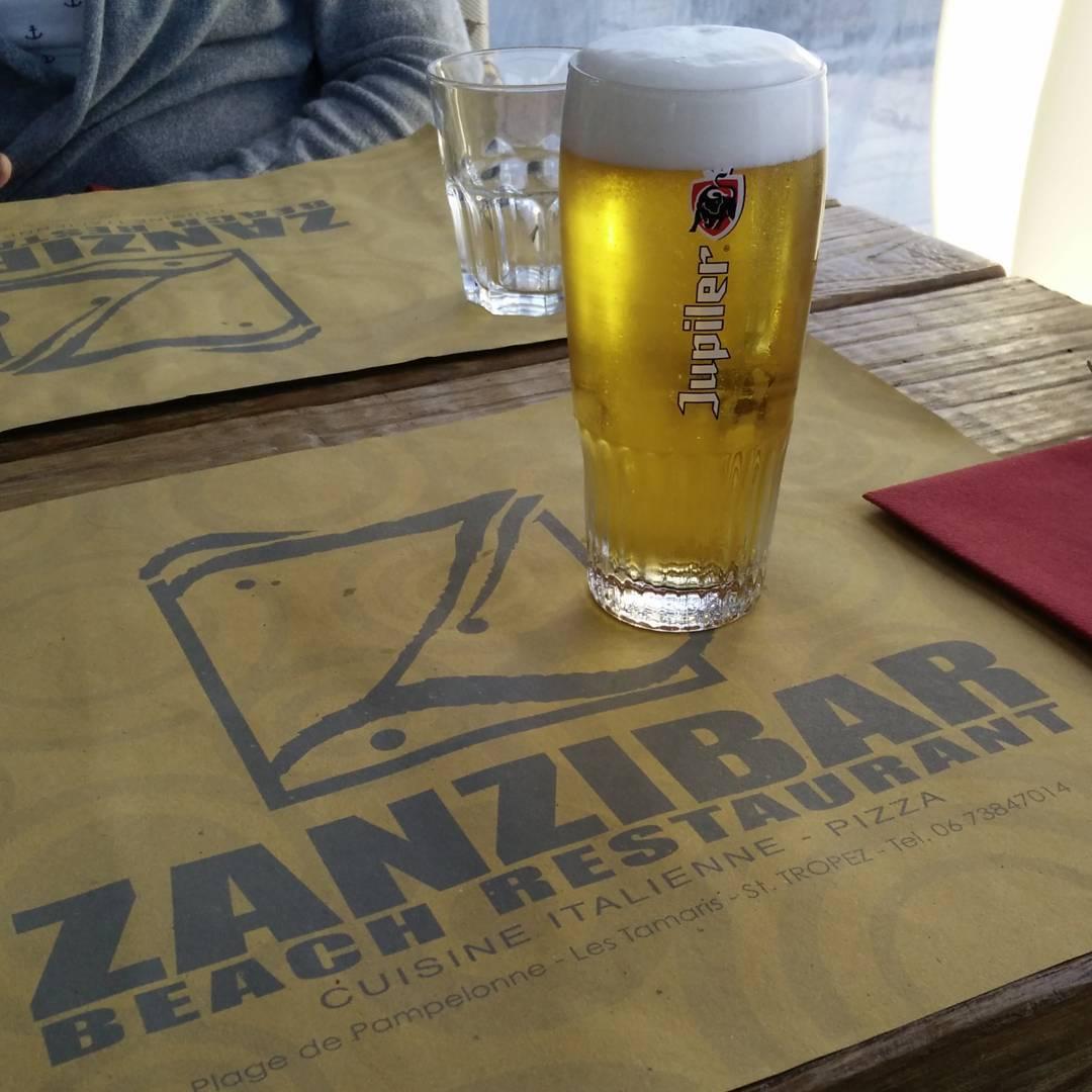 Jupiler @ Zanzibar, Prost!