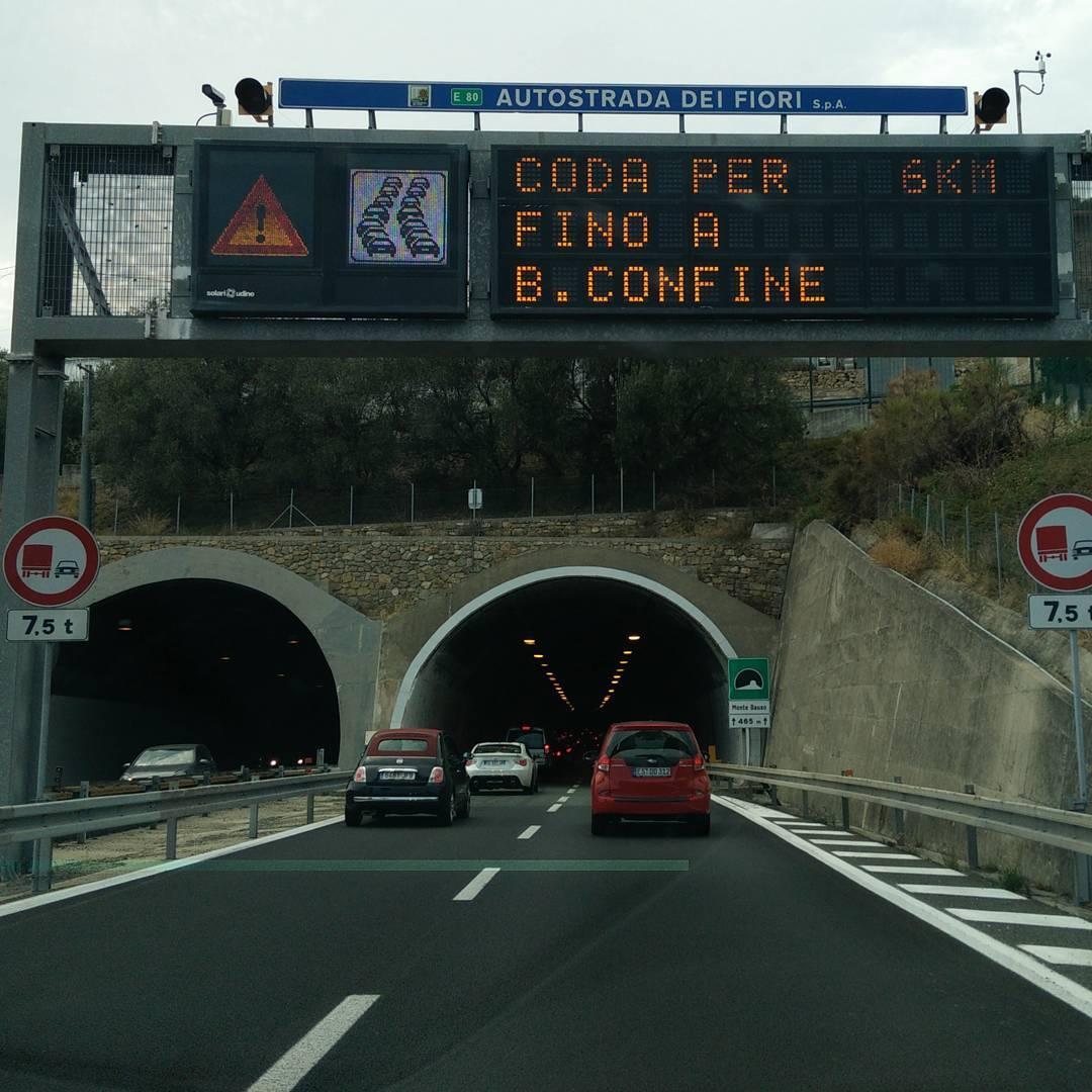 W.z.e.w. & n.A.d.H. - Italiener kriegen es einfach nicht hin, ihre Autobahn Abzocke wenigstens ordentlich zu organisieren. Absicht oder Unfähigkeit?