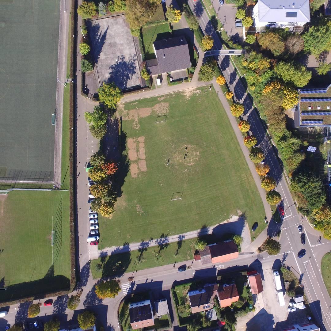 Fußballplatz am FC Klause in am Neckar aus 150 Metern Höhe