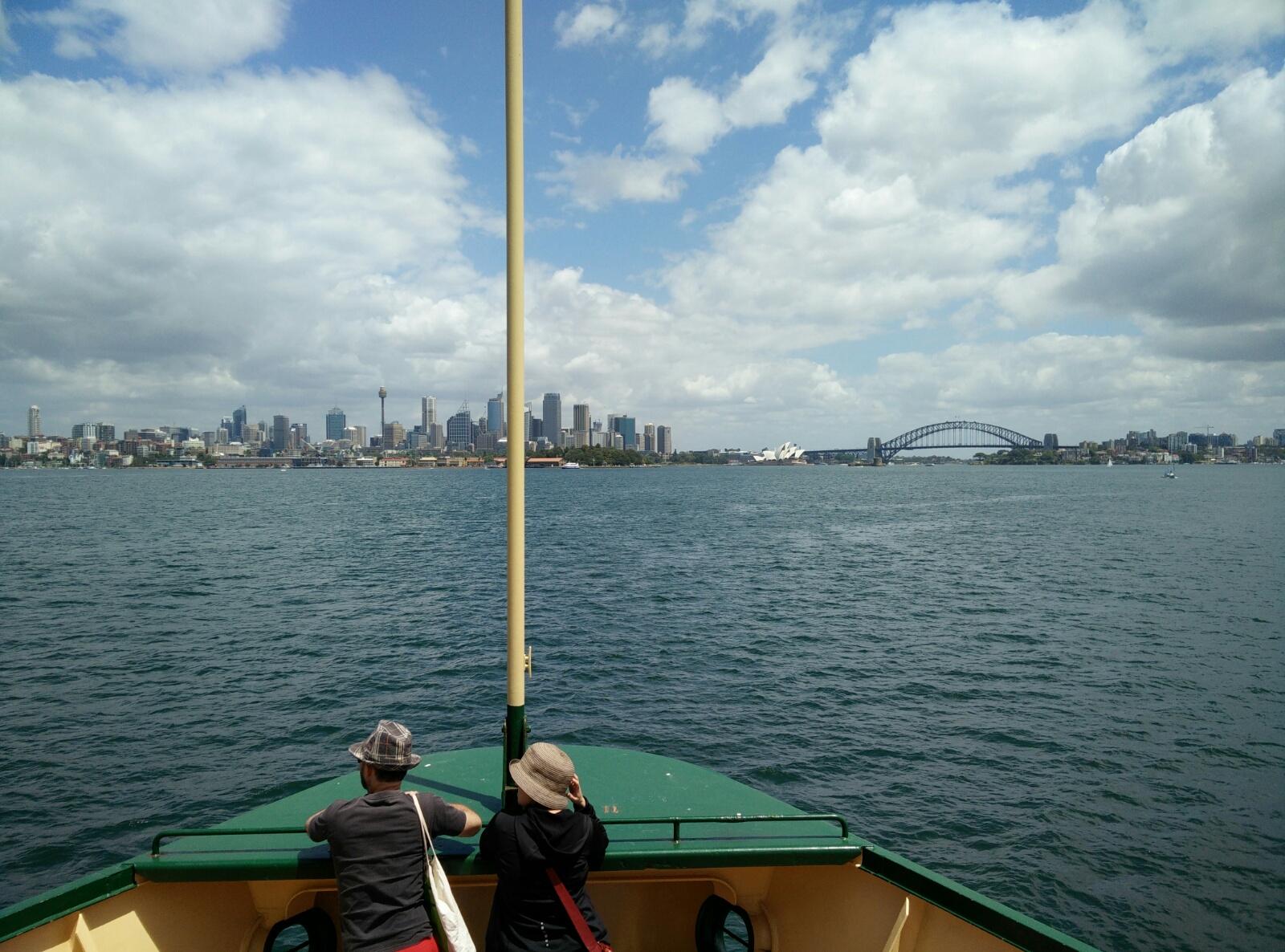Sydney Skyline von der Manly Ferry aus